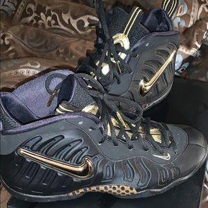 Nike Foamposites Brand New only worn twice